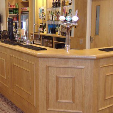 Mid Herts Golf Club - Bar Fitting